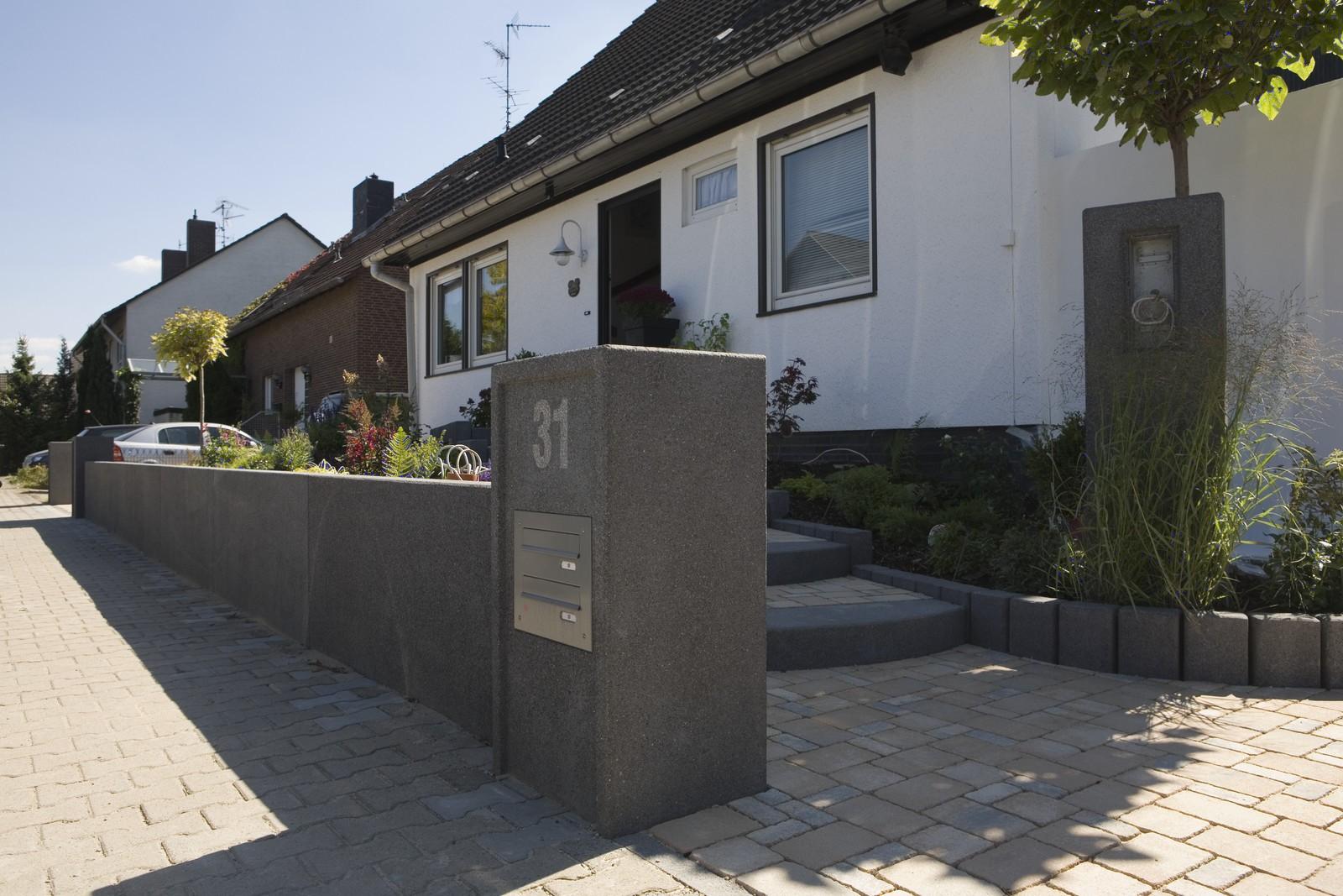pfeiler von rinn betonsteine und natursteine rinn betonsteine und natursteine. Black Bedroom Furniture Sets. Home Design Ideas