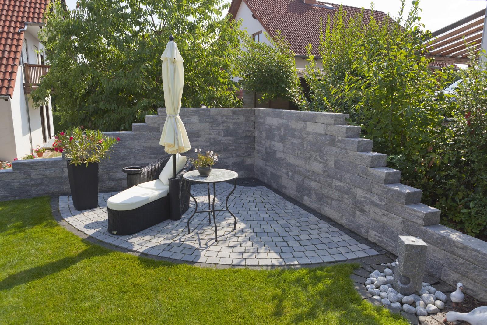 romano mauer rustica von rinn betonsteine und natursteine. Black Bedroom Furniture Sets. Home Design Ideas