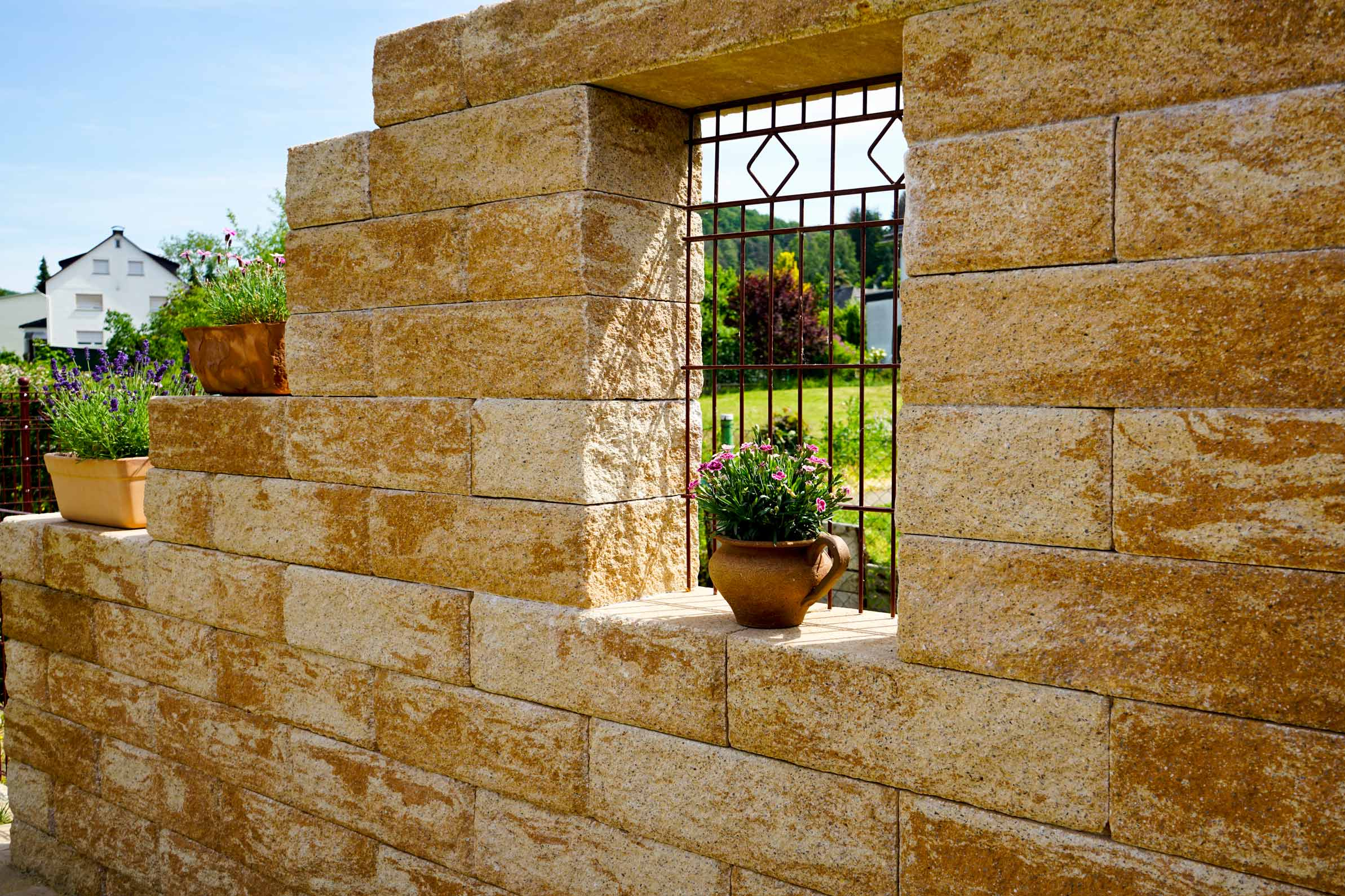 Romano Mauersteine Die Gartenmauer Mit Mediterranem Charakter