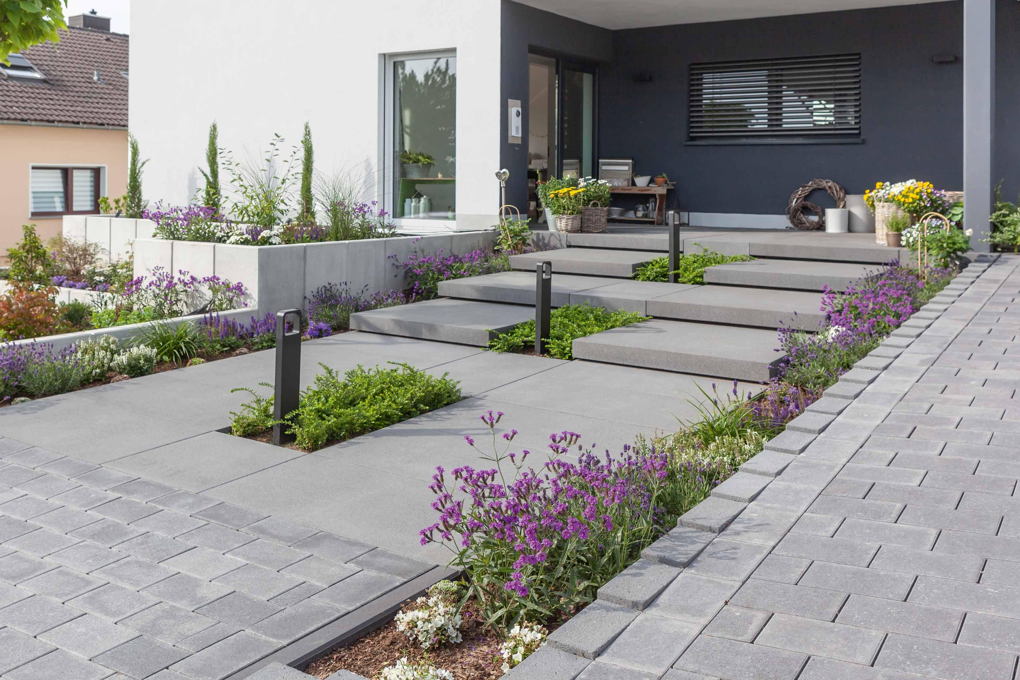Aussentreppe Und Hauseingang Gestaltungsideen Von Rinn Beton