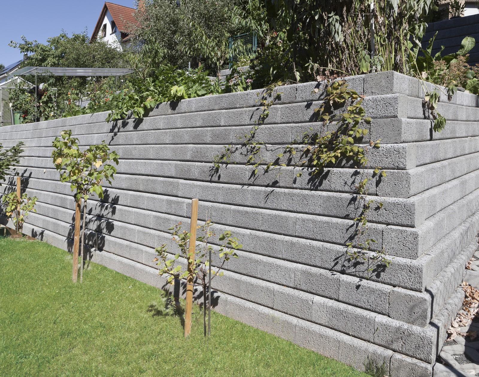 Preiswerte Gartenmauer Zur Befestigung Kleiner Hange